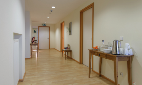 Innenansicht INA Titisee-Neustadt 3: Flur zu den Behandlungsräumen